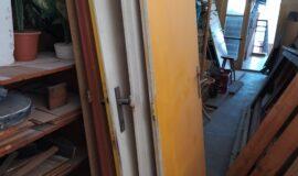 Dveře, dveřní rámy, rámy na kulisy